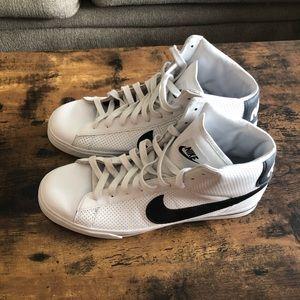 Nike Sweet Classic High Mens Shoe